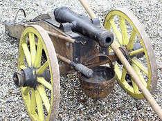 Eine-mittelalterliche-Kanone